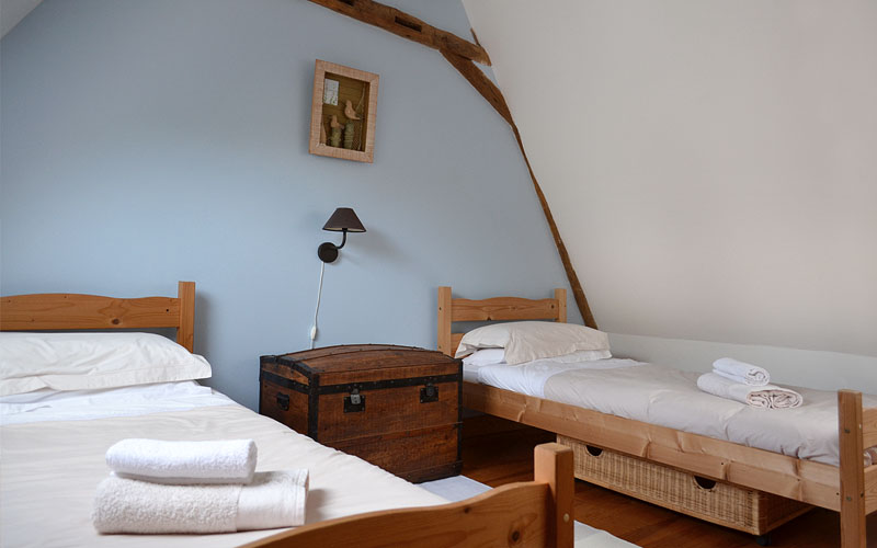 The gîtes twin bedroom